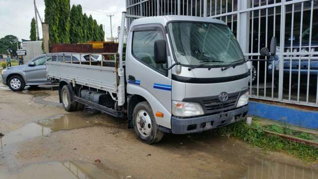 Toyota Dyna KCM number 2011 model Bank finance n hire purchase avai Mombasa Island - image 1