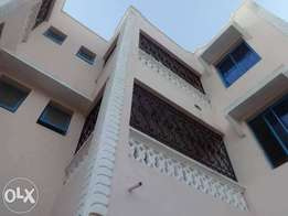 MAGNIFICENT MODERN 3 bedroom apartment with 2 master bedrooms