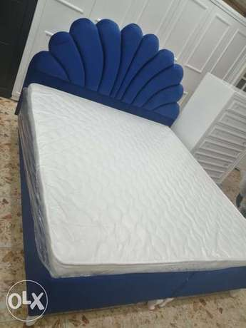New king size bed with new mattress contact WhatsApp please direct