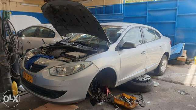 Renaul cars (fluence safran & duster ) & used parts for sale