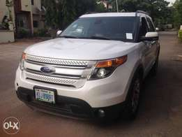 A clean Ford Explorer for quick sale