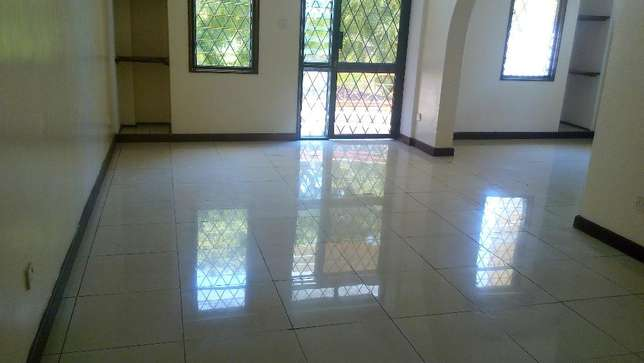 Magnificent 3 bedroom modern apartment to let Nyali Mombasa Island - image 2