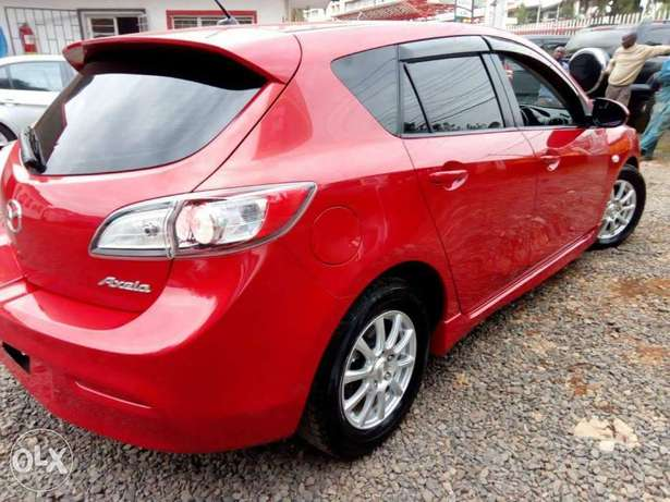 Mazda Axela Newshape, Red, Year 2010, 1500cc auto Hurlingham - image 4