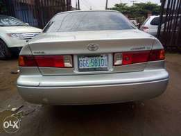 Corolla Camry, drop light 2002 model