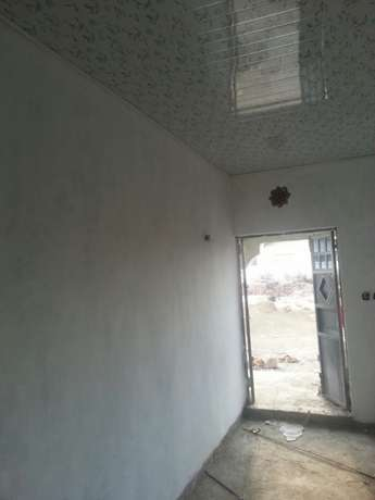 A three bedroom bungalow built in 100x50 plot. Electricity and water Nairobi CBD - image 4