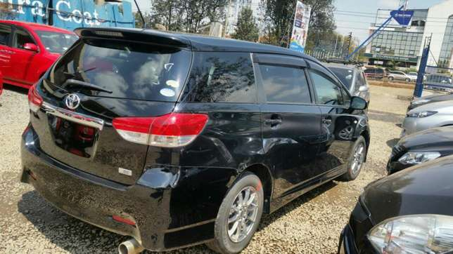 Clean newshape Toyota wish choice of 2010model.buy on hire-purchase Lavington - image 6