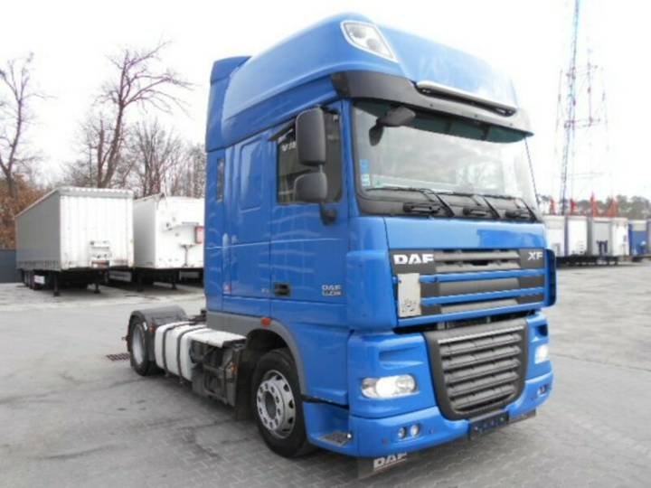 DAF XF 105.460 Superspacecab, 2011, Low Deck, - 2011