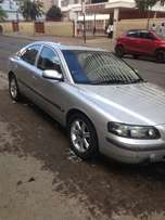 Volvo S60 for sale R17000