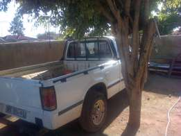 Need Body,mazda,isuzu or nissan Body with or without engine and gearbo