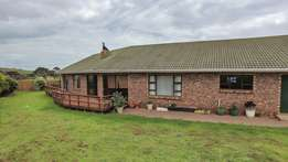 House for sale in Kaysers Beach Eastern Cape