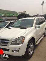 Very Sharp 2010Mercedes-Benz GL 450 ... Neatly Used-Registered