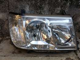 Toyota Land Cruiser VX headlight - Driver side