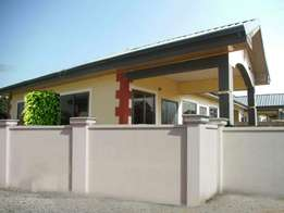 4bedroom house at tema for rent