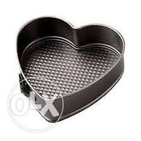 Baking Tins set of 3 Heart Shape **KSh 2000**