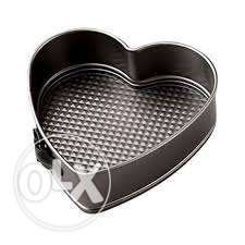 Baking Tins set of 3 Heart Shape **KSh 2000** Milimani Estate - image 1