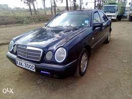 Mercedes E230(leather interior) manual