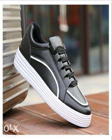 New Style Breathable Men Sneakers - Black Ikorodu - image 2