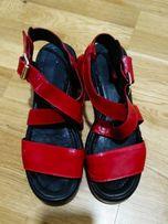 Червоні - Жіноче взуття в Львівська область - OLX.ua ac3ee221be37b