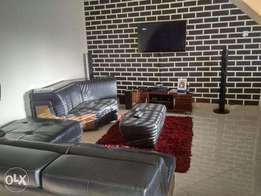 Fully furnished and serviced apartment beside 3mld bridge