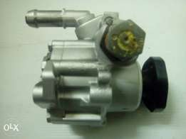 VW POLO - Steering pump 1.4 / 1.6 / 1.8