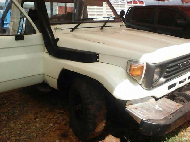 Toyota Land Cruiser Pick-up for sale. Saroyiot - image 4