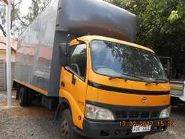 Toyota Dyna 8-145 Furniture Body 5 Ton.