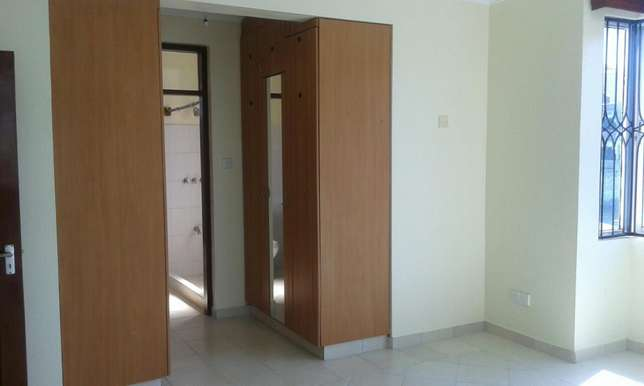 Executive 3bedrm apartmnt with pool,cctv in nyali Nyali - image 7