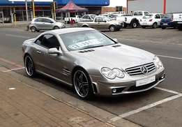 Mercedes Benz SL500 with AMG Black Series Kit - In excelent condition