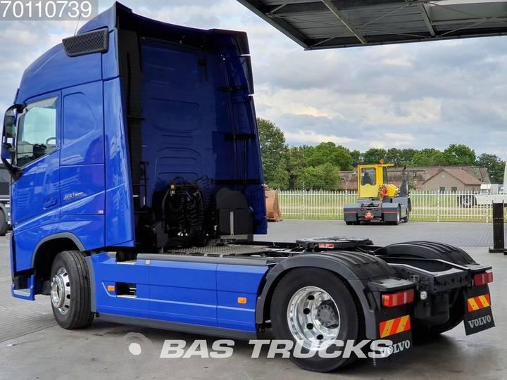 Volvo FH 460 4X2 Retarder ACC I-ParkCool Euro 6 - 2017 - image 2
