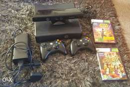 Xbox 350 - 250GB with Kinect