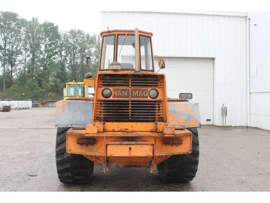 Hanomag B8C Wiellader Defect - 1973 - image 4