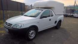 Opel corsa utility 1.4, Cloth Upholstery, Bakkie, 104000km, Mp3,