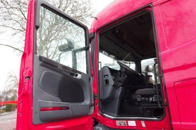 Scania R440 Highline 6x2 - 2012 - image 11