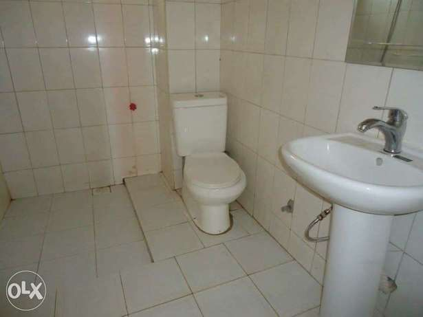 a three bedroom apartment for rent in kyanja Kampala - image 5