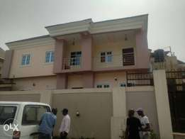 A wonderful Duplex for sale at Golf Estate Enugu