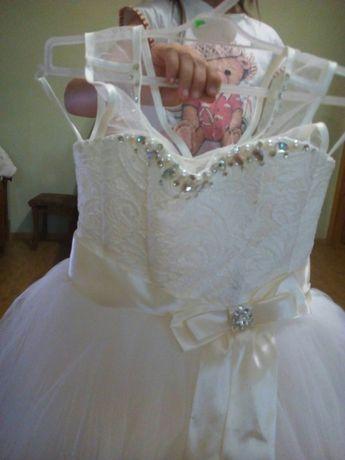 844d28da07e07a5 Архив: Очень красивое пышное платья: 350 грн. - Одежда для девочек ...