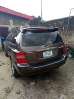 Neatly Used Highlander for Sale