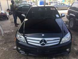 Original black 2009 Mercedes Benz C300