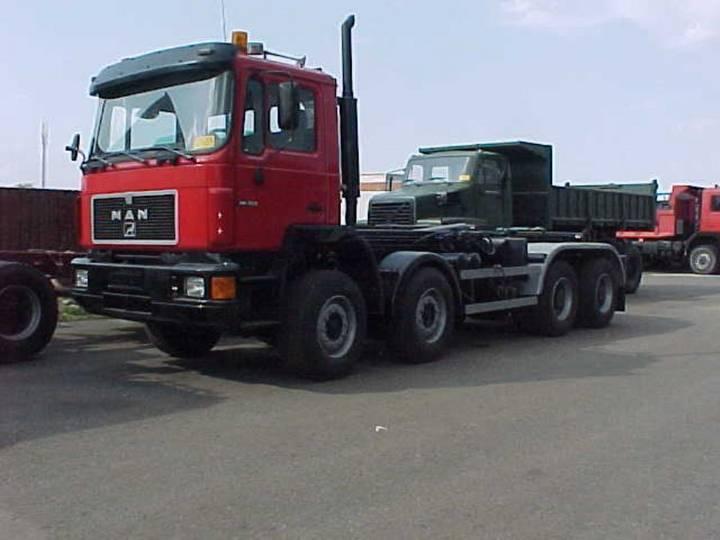 MAN 41.372 - 8x4 - 1989