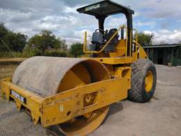 2011 Cat Cs533e roller for sale