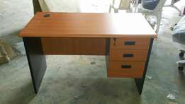 Cherry Office Table (0012)