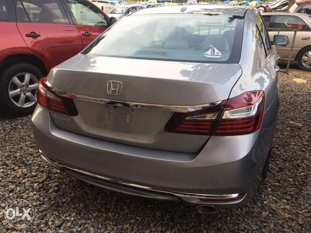 Honda Accord Central Business District - image 1