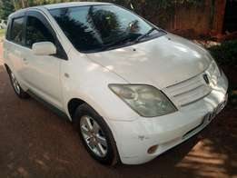 Toyota IST model 2002 white colour in excellent condition