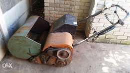 Roller lawn mower for sale