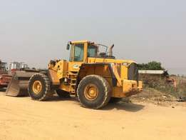 wheel loader Volvo L180G 2001