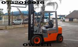 Toyota 2.5 ton forklifts. 3 available...diesel