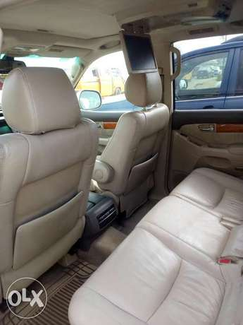 2005 Lexus GX470, very clean Oshodi/Isolo - image 6