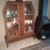 Glass Fronted Wooden Lockable Display/ Showcase Cabinet
