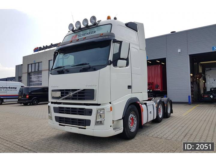 Volvo FH12 460 Globetrotter XL, Euro 3 - 2004