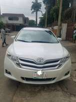 Super Clean Tokunbo Toyota Venza 2014 XLE